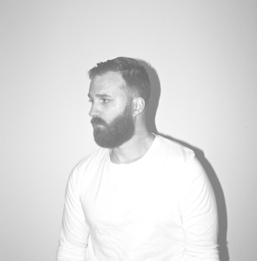 Hot guys with beards tumblr