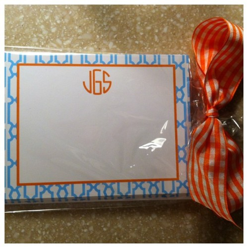 Obsessed with my new monogrammed notecards from @lboriginals !  #monogrammania  #stationerywardrobe #aqua #orange #cuteloot #preppypaperdesigns #etsy #snailmail #ginghambows #bowmania