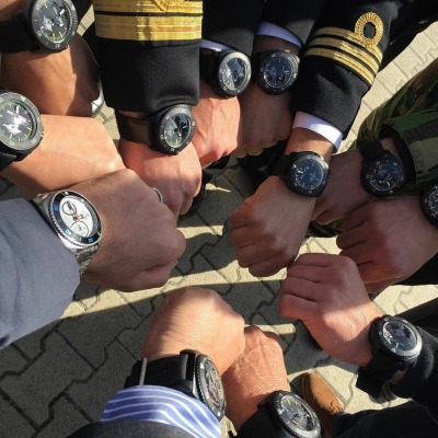 Instagram Re-post ralf_tech_fanpage Meeting of Pirates [ #ralftech #monsoonalgear #divewatches #watch #toolwatch ]