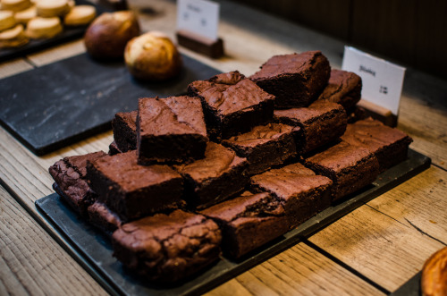 gastronomyfiles:  brownie heaven (by aubreyrose)
