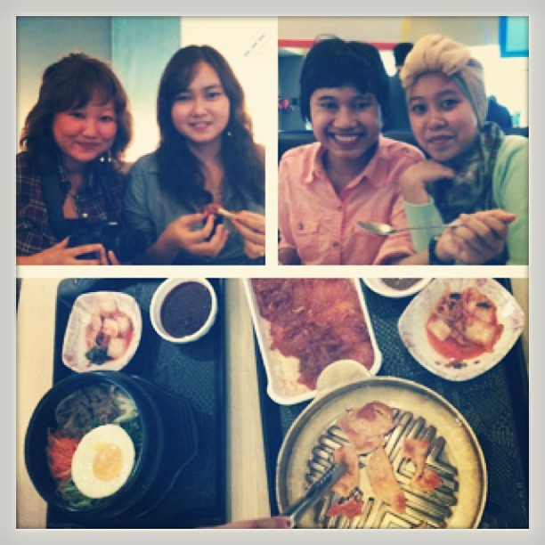 Korean time~~ with @metbul @tiarazone @hicecil #friend #photooftheday #food #korean #resto #kimchi #bulgogi #bibimbap #cuisine #lunch