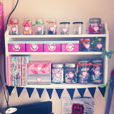shelves look purdy now 🎀🙊