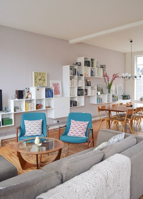 homeandinteriors:  Apartment in Hackney, London, UK  shelves