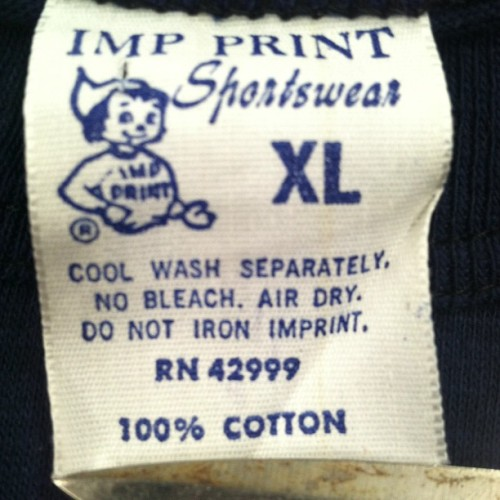 Love scooping random vintage tees with these tags…anyone know the age?  #impprint #vintage #vintagetees #thrifting #vintagetshirt #allergictocubicles @captainsvintage @jesseheifetz @vintagepimps  @vintagewizard