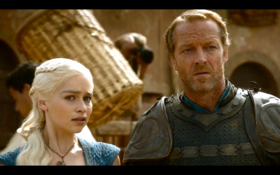 arrantly:  fyeahgotscreencaps:  Daenerys and Jorah.  #whenever i see a pic of dany and jorah together i like to pretend they're judging people's outfit