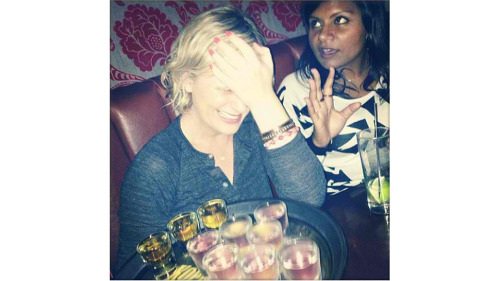 (via Mindy Kaling and Amy Poehler Are About to Do Shots Together)