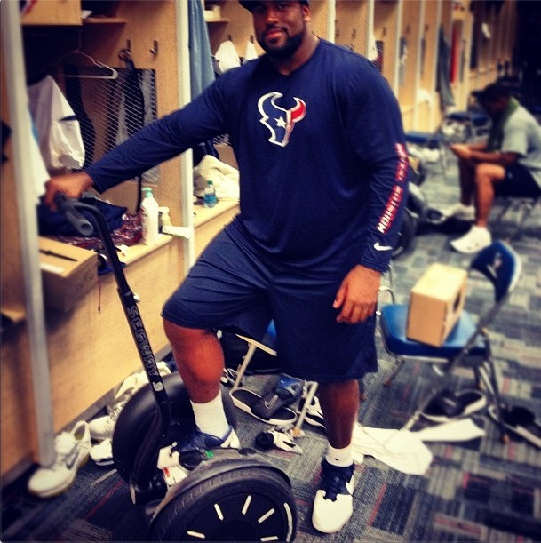 BEST. GIFT. EVER. Arian Foster gave his offensive lineman Segways for Christmas. (via @DuaneBrown76)