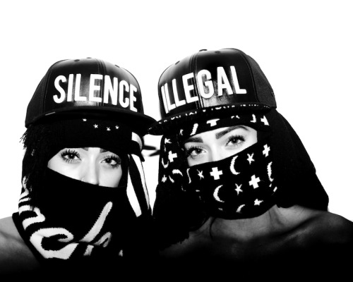 SILENCE IS ILLEGAL / BLACK SCALE