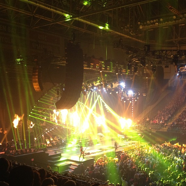 This was a great show :D And also, I love lights \o/Trans Siberian Orchestra via zenfaerie on Instagram