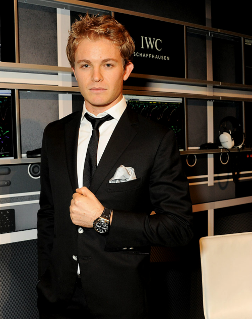 23/100: favourite pictures of nico rosberg