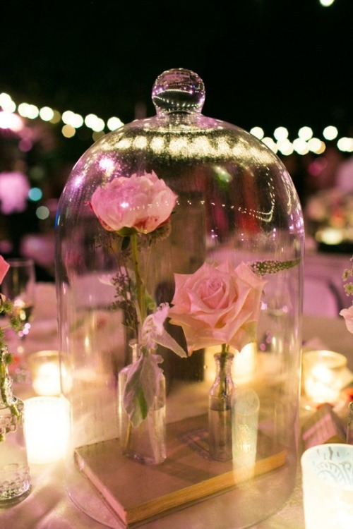 della-russo:  della-russo Beauty and the Beast centerpieces. For the ones who believe in fairytales ♥