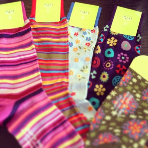 Get DePio multi color socks! デピオのマルチカラーソックスをまとめ買い。  #depio #socks #multicolorsocks #colorful #colorsocks #colorfulsocks #gq #esquire #menswear #fashion #sartoria #sartorial #altea #sozzi #pitti #pittiuomo #pittiimmagineuomo #photooftheday #instadaily #iphonesia #cute #happy #iphoneonly #casual #靴下 #ソックス #デピオ #マルチカラーソックス