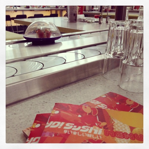 8th May - had a lunchtime revision break at yo sushi with Nat and Sangita :)