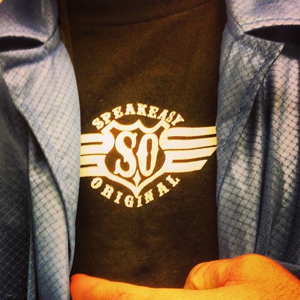 Showing my support! 🍻😎🇺🇸@speakeasyoriginal #speakeasyoriginal