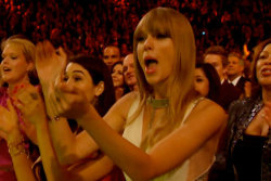 Tay Swift did a mean sing-a-long last night at the Grammy Awards