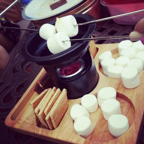 ilikeasianfood:  I made s'mores guys~