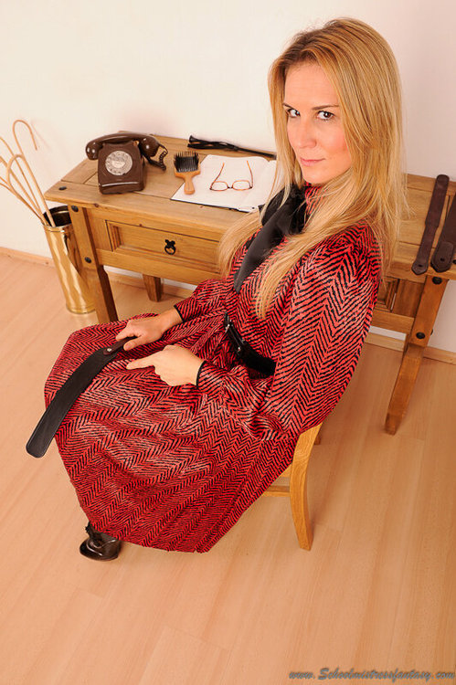 schoolmistresslover:  A trip to Miss Simmons study means one thing - a sore bottom!