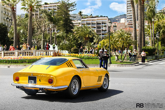 wellisnthatnice:  Ferrari 275 GTB by Raphaël Belly on Flickr.