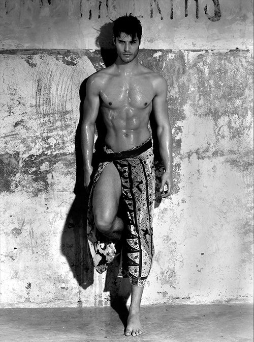 homotography:  Emilio Flores at Soul Artist Management