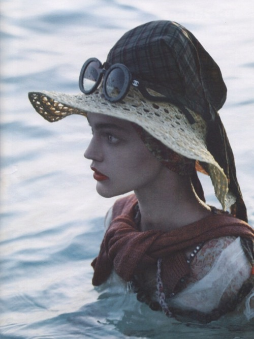 "pradafied:  ""Île de la mode"", Sasha Pivovarova by Michael Thompson for W Magazine March 2007"