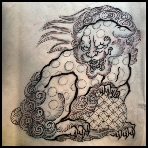 Today's assignment: Guardian Lion on the ribs.  #foodogtattoo #liontattoo #hokusai  (at Daredevil Tattoo NYC)