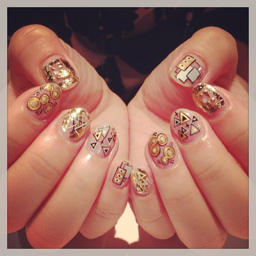 nailsalonavarice:  Strange nails #avarice #art #kayo #nails #nailart #nailsalon #design #strange  (NailSalon AVARICE)