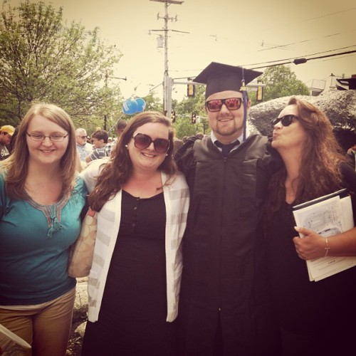 Why is our family the cutest EVER?! 👌#fam #unh2013 #earlybird  (at The UNH Wildcat)