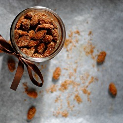 findvegan:  Cinnamon Sugar Nuts