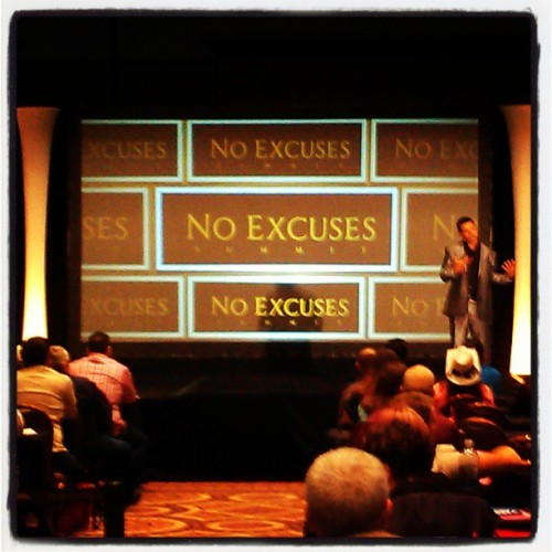 Ray Higdon first speaker up at #NES4 !!! @rayhigdon @noexcusessummit. Rocking it !!!!