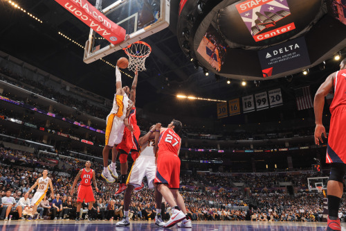 nba:  Kobe Bryant of the Los Angeles Lakers rises for a dunk against the Atlanta Hawks at Staples Center on March 3, 2013 in Los Angeles, California. (Photo by Noah Graham/NBAE via Getty Images)