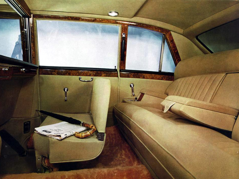 Back seat comfort in the 1968 Daimler DS420