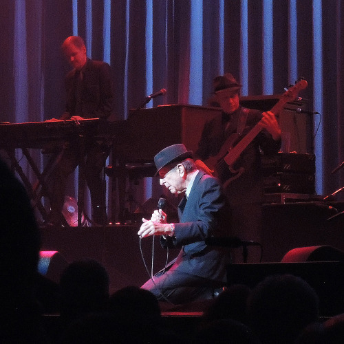 Leonard Cohen, Chicago Theater, 3/13/2013.