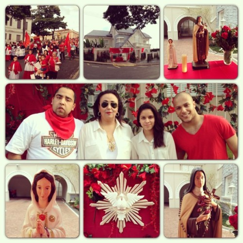 #espiritosanto #procissao #love #faith #religion #inspiration #red #family #picstich #iphonegraphy