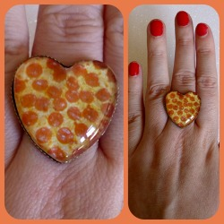 Pizza Lover Cameo Ring https://www.etsy.com/shop/CalamityJayneDesigns