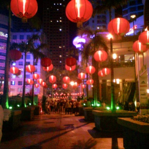 Beautiful sight, it is.. Kung Hei Fat Choi! :)) _________________________________ 020913 - Eastwood Mall, Quezon City.
