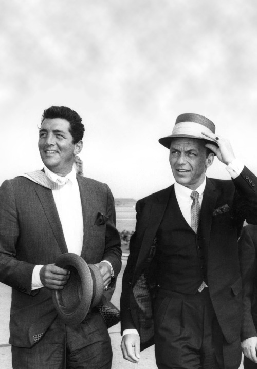 Dean Martin and Frank Sinatra at London Airport, 1961