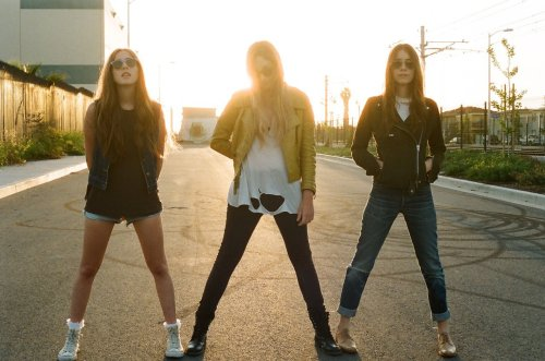 Listen to FOAM magazine's Blogger & Art Issue Playlist featuring Haim, Chvrches, Foxygen, Solange, Samantha Crain, He's My Brother She's My Sister, Rhye and more!