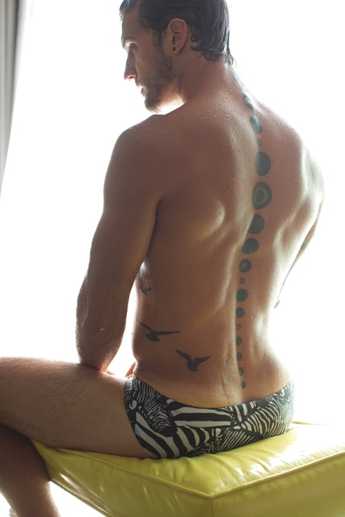 muscle-love:  Parker Hurley my love