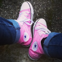 Sa sort les all stars today. #allstar #converses #pink #girly #rainyday #fvck #good #allinpink