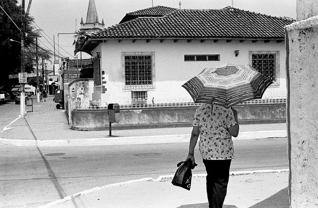 Haja sol. on Flickr.Via Flickr: Almenara/MG Tri-x 400