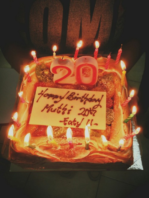 Late surprise! Thankiss, EATY U♥ ㅋㅋㅋ with Elmalita – View on Path.