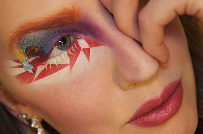 make-up-is-an-art:  The Door into Mad Hatter's Head! by Sandra Holmbom