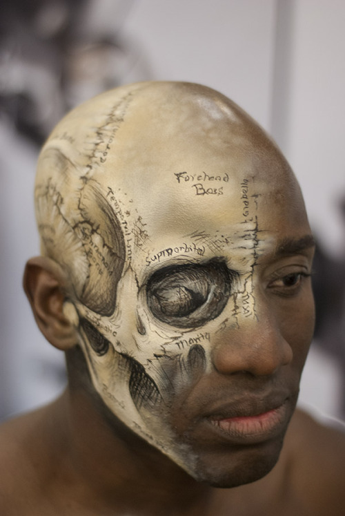 breeanabee:  morbidcupcakes:  zathros:  From Lisa's demonstration at IMATS Pasadena January 2013. Airbrush and handwork. No Photoshop all in camera. Artist: Lisa BerczelModel: Michael Foster   I think this is amazing.  WHOA