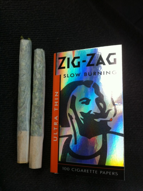 zig zag and super lemon haze joint