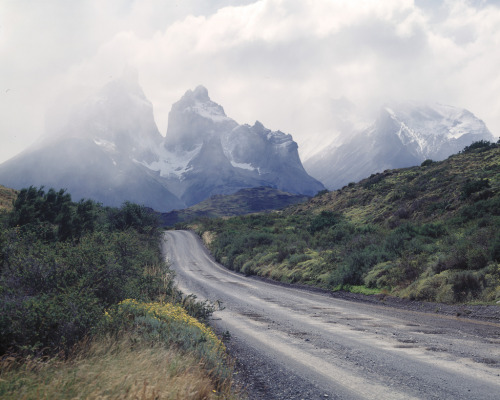 cross-connect:  on the road to Torres del Paine (by spiky247)