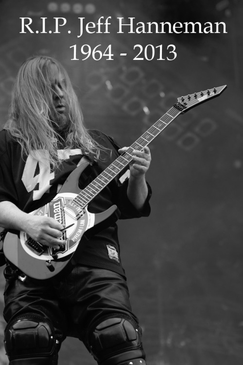 gnarville:  R.I.P. one of the best metal guitarists who ever lived.