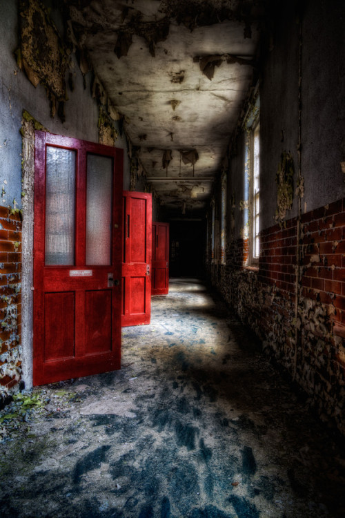 "noveltymakesalchemy:  lifeonmars24:  500px / Photo ""Red Doors and Darkness"" by Matthias Haker on We Heart It - http://weheartit.com/entry/24534771/via/manuele_incagnoli  …"