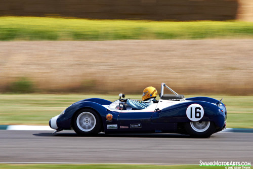 Down low Starring: '63 Cooper-Chevrolet T61 'Monaco' (by autoidiodyssey)