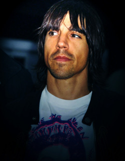 toomuchrhcp:  It's been a while since i last saw this picture floating around. So here you go!