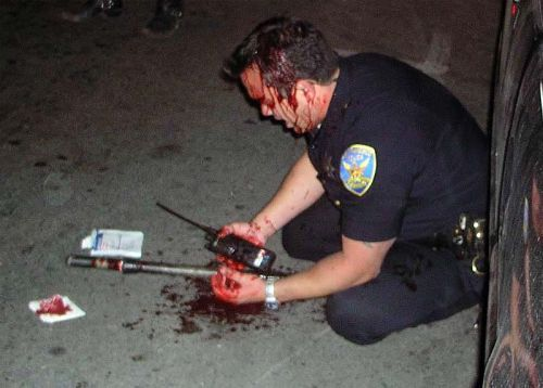 sixtyforty:  dextrometh:  Good    Any cop not covered in their own blood is heinously underaccessorized and needs to seriously reevaluate their fashion choices before stepping out of their door in the morning.